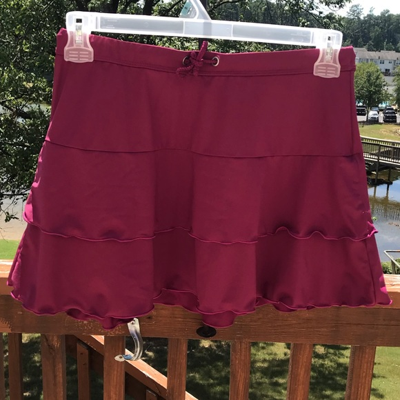 Athleta Dresses & Skirts - Athleta Sport Skirt w/ Ruffles Purple Size M